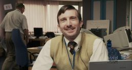 "Sharlto Copley as Wikus van de Merwe in ""District 9"""